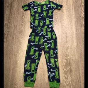 Minecraft Blue & Green 'Creepers' Pajama Set Sz 6